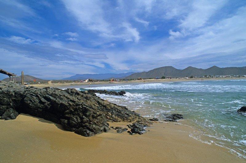 Los Cerritos Beach