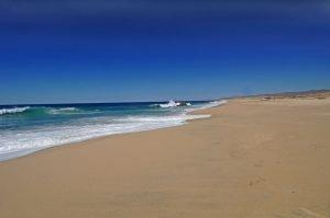 Playa Migriño beach along the Pacific, Los Cabos, Baja.